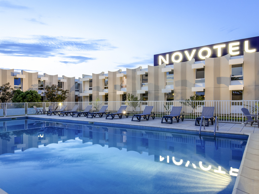 Discover the charms of the Novotel Perpignan Rivesaltes hotel, just 15 minutes from the Mediterranean. Whether you're staying as a family or enjoying a romantic weekend away, the hotel offers comfortable rooms and a bright restaurant. For your business trips, our three meeting rooms will ensure your business seminar is a success. Soak up the sun by our palm-lined outdoor pool or stroll through the streets in the center of Perpignan. Enjoy the Catalan pace of life at Novotel.