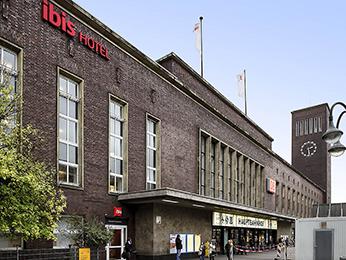 hotel in duesseldorf ibis duesseldorf hauptbahnhof. Black Bedroom Furniture Sets. Home Design Ideas