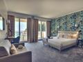 Отель Hôtel Mercure Nice Marche aux Fleurs