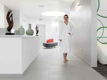 hotel thalasso avec spa s jour l 39 hotel novotel thalassa dinard dinard. Black Bedroom Furniture Sets. Home Design Ideas
