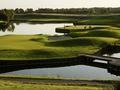 ホテル Novotel Saint Quentin Golf National