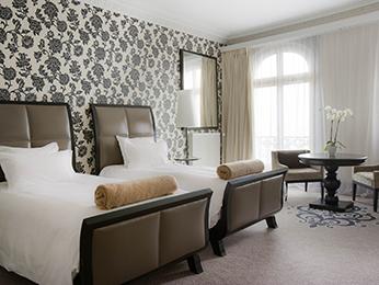 Hotel cabourg r server votre chambre l 39 hotel le grand for Chambre 414 grand hotel cabourg