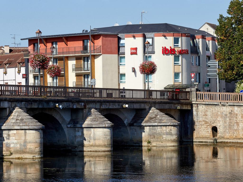 Hotels Restaurants Centre Ville A Auxerre