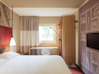 Hotel Ibis Paris Rueil Malmaison