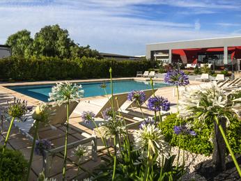 Hotel in LA VALETTE DU VAR - ibis Toulon La Valette