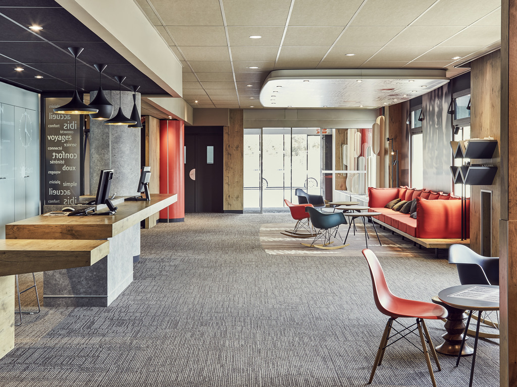 la valette du var hotels hotel booking in la valette du var viamichelin. Black Bedroom Furniture Sets. Home Design Ideas