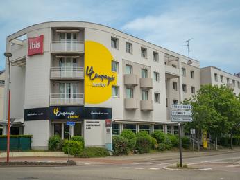 hotel in lingolsheim ibis strasbourg aeroport le zenith. Black Bedroom Furniture Sets. Home Design Ideas
