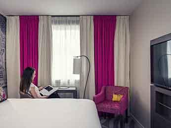 巴黎埃菲尔铁塔美居酒店