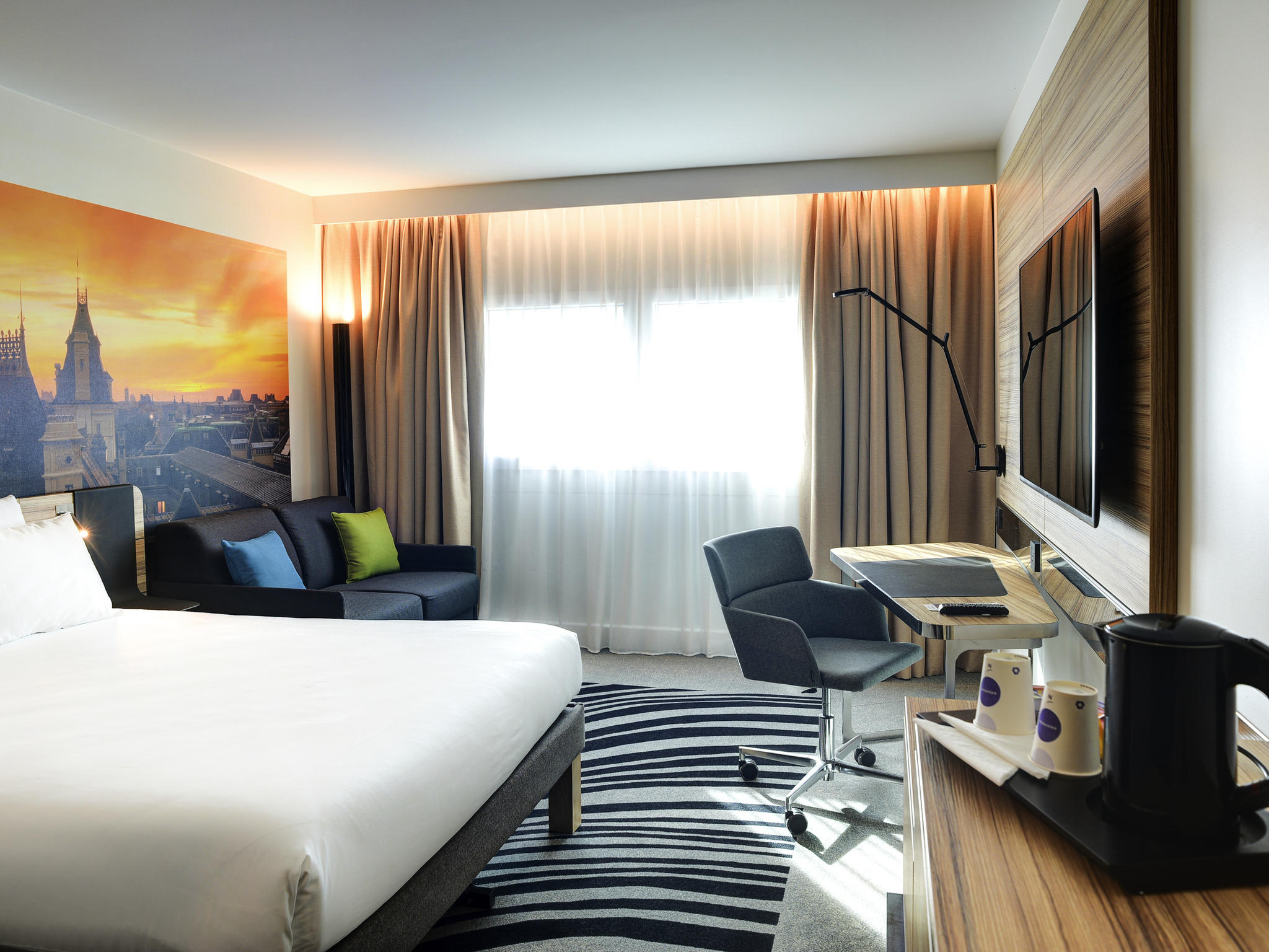 Ibis styles paris porte d 39 orleans montrouge book your hotel with viamichelin - Ibis paris porte d orleans montrouge ...