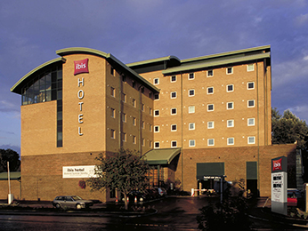 Hotel - ibis London Gatwick Airport