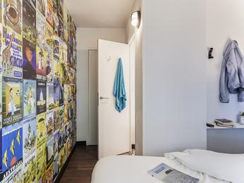 h tel collegien hotelf1 marne la vall e coll gien. Black Bedroom Furniture Sets. Home Design Ideas