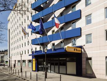 hotel hotelf1 porte de montmartre