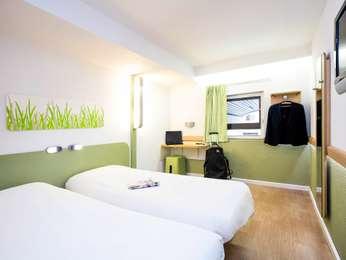 Hotel marseille r server votre chambre l 39 hotel ibis for Chambre ibis budget