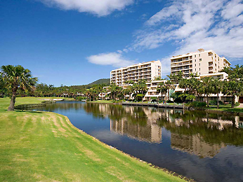 Hotel - Novotel Coffs Harbour Pacific Bay Resort