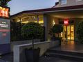Отель ibis Barcelona Cornella
