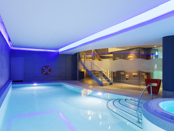 novotel edinburgh centre luxury hotel in edinburgh. Black Bedroom Furniture Sets. Home Design Ideas