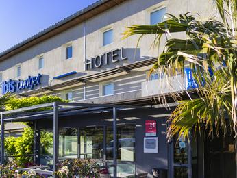 hotel in carcassonne ibis budget carcassonne la cit. Black Bedroom Furniture Sets. Home Design Ideas