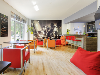 Bar - ibis Styles Hamburg Alster City