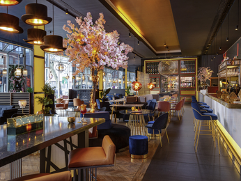 Restaurant caf and bar at the pullman london st pancras hotel in london - Hotel pullman saint pancras ...