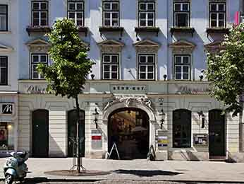 Destinasi - Mercure Grand Hotel Biedermeier Wien