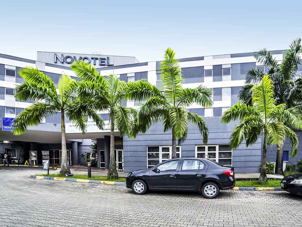 Novotel Port Harcourt offers the perfect blend of comfort and convenience for your visit to the Garden City. Its location is ideal for both leisure and business travelers conveniently situated only 20 minutes from the Airport and golf course.  Our rooms are spaciously designed to suit every traveling style or requirement. Facilities include restaurant, bar, laundry service, pool, parking and fitness center. Venues accommodate up to 340 delegates with flexible packages available to suite your convenience.