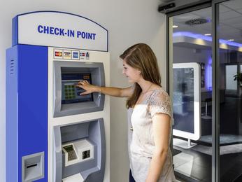 ibis budget agen services disponibles l 39 hotel ibis budget agen situ le passage d 39 agen. Black Bedroom Furniture Sets. Home Design Ideas