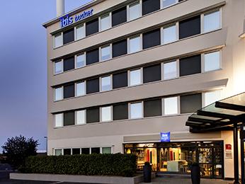 Hotel ibis budget Clermont Ferrand centre Montferrand Clermont-Ferrand