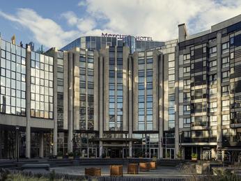 Hotel in boulogne billancourt book your hotel mercure paris porte de st cloud hotel - Mercure porte de saint cloud ...