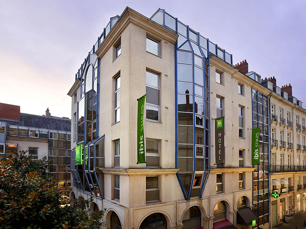 ibis styles nantes centre place royale r servation gratuite sur viamichelin. Black Bedroom Furniture Sets. Home Design Ideas