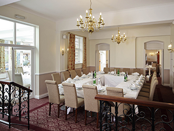 Restaurant - Mercure Letchworth Hall Hotel