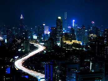 Destination - Pullman Shanghai Skyway