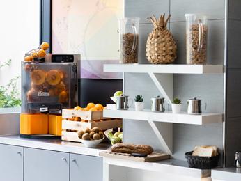Hotel ibis styles paris porte d 39 orleans montrouge - Maison de la literie montparnasse ...