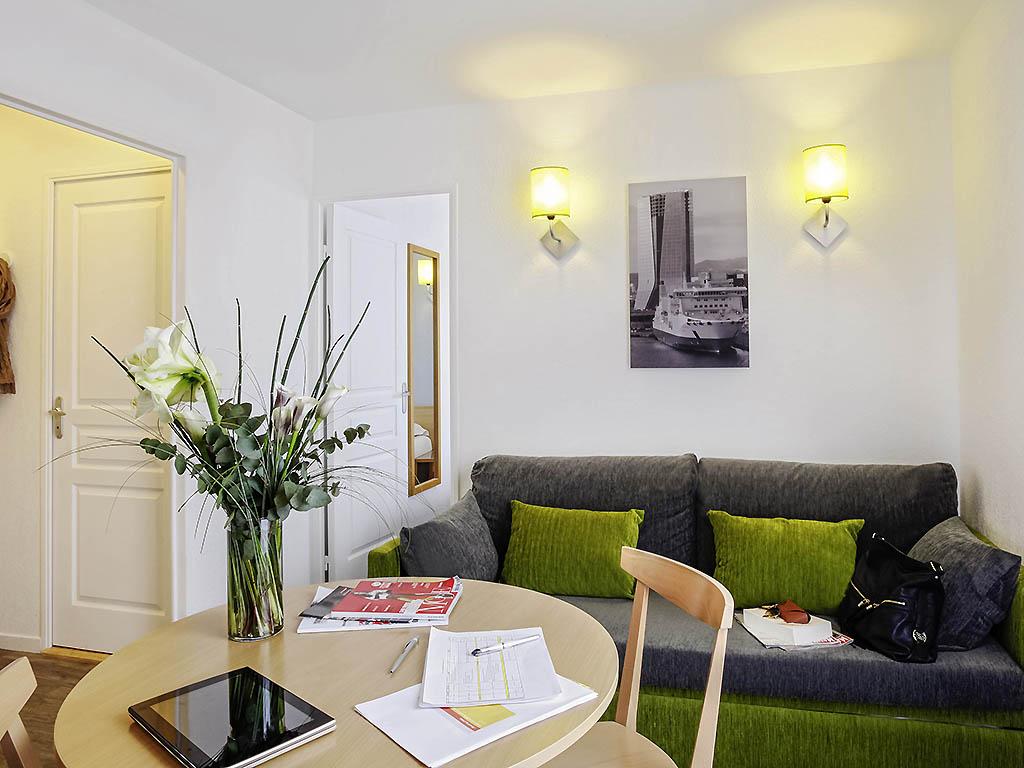 Adagio aparthotel in provence alpes c te d azur adagio for Appart city avignon