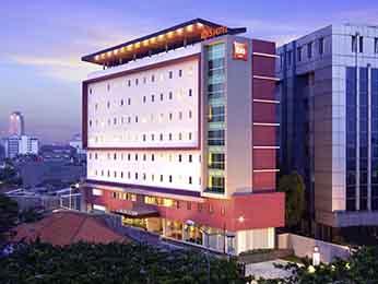 Ibis Jakarta Senen International Economy Hotel In Senen All