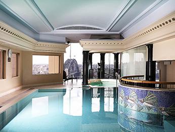 Hotel In Sydney Quay West Suites Sydney