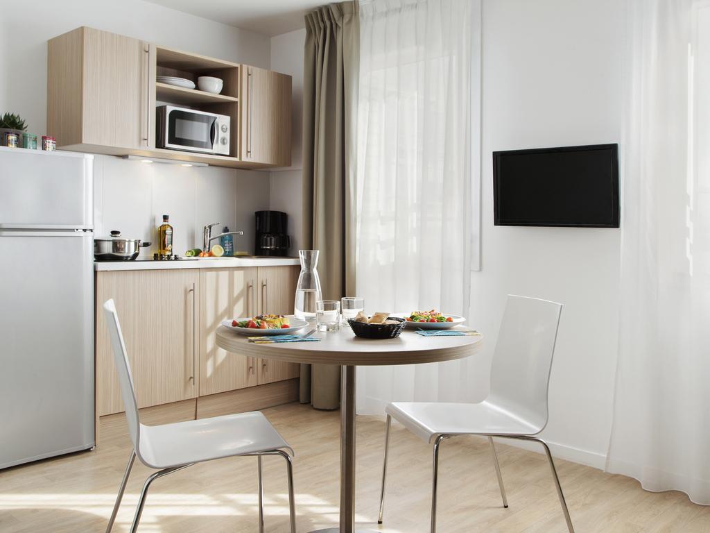 briand levallois perret prenotazione on line viamichelin. Black Bedroom Furniture Sets. Home Design Ideas