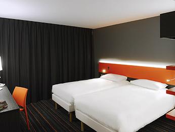 Hotel ibis styles caen rives de l 39 orne calvados - H et m rives de l orne ...