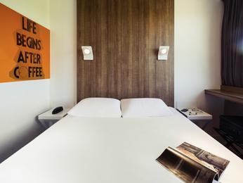 Hotel In Vouille Ibis Styles Niort Poitou Charentes Accor