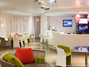 Bar - Suite Novotel Munique Parkstadt Schwabing
