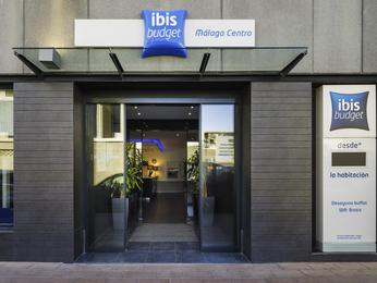 Ibis budget m laga centro en m laga desde 45 trabber for Hostal ciudad jardin malaga
